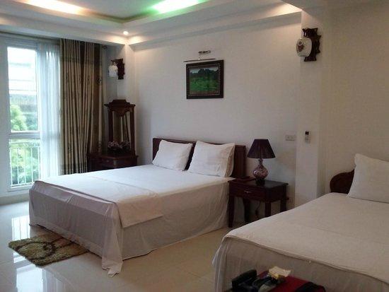 Ngoc Anh Hotel 2: huge room