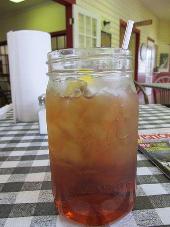 Smokin Joes: The big Sweet Tea