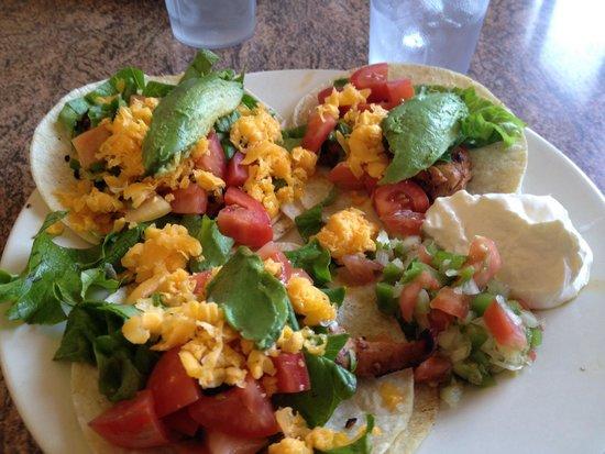 The Sierraville Kitchen: Chicken tacos