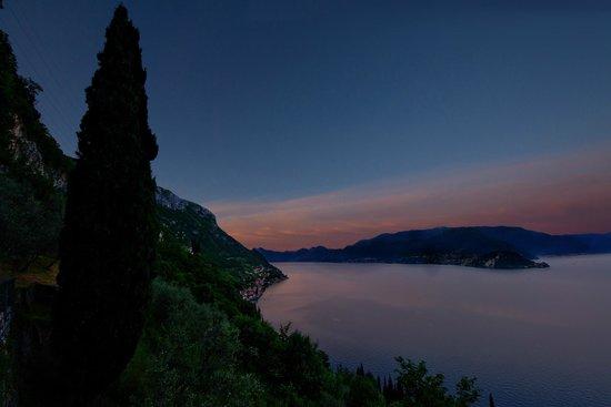 Agriturismo Castello di Vezio: Sunset