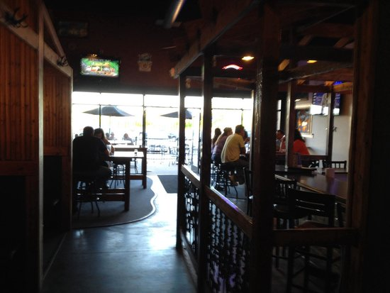 Cool River Pizza: Patio and more seating