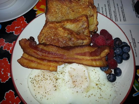Dish Cafe : breakfast