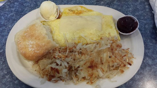 Minute Cafe: The Mariah 3-Cheese Omelet with hashbrowns and a biscuit