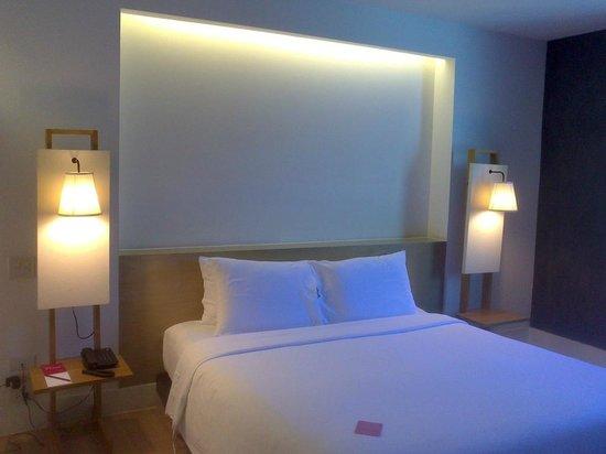Trinity Silom Hotel: Bed