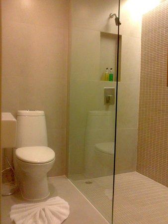 Trinity Silom: Bathroom
