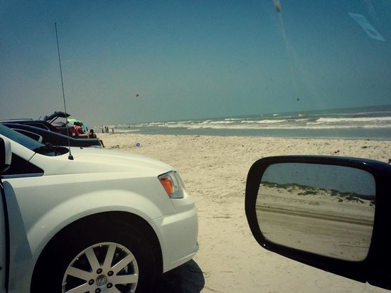 JP Luby Surf Park : Drive your car on right on the sand!