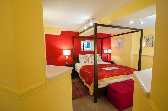Barclay House Bed and Breakfast: Garden Suite