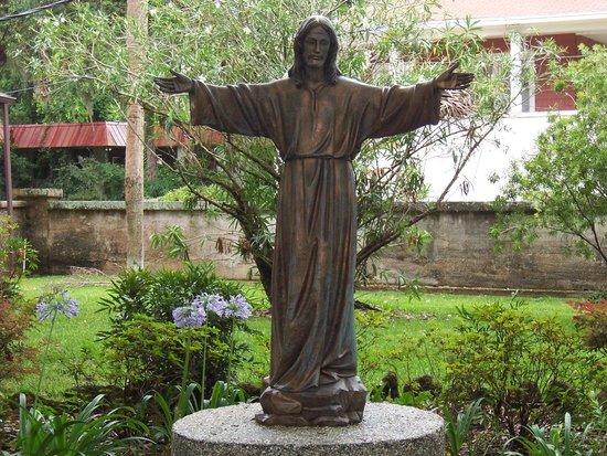 Mission of Nombre de Dios: Very peaceful