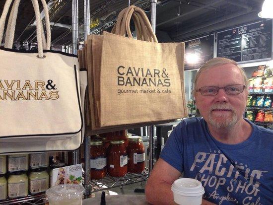 Caviar & Bananas: mmm coffee