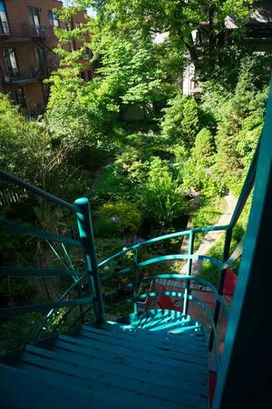Turquoise Bed and Breakfast : Garden 3