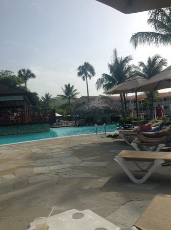 The Tropical at Lifestyle Holidays Vacation Resort: Pool area