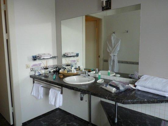 Tulipa Bed & Breakfast : Sink - bathroom