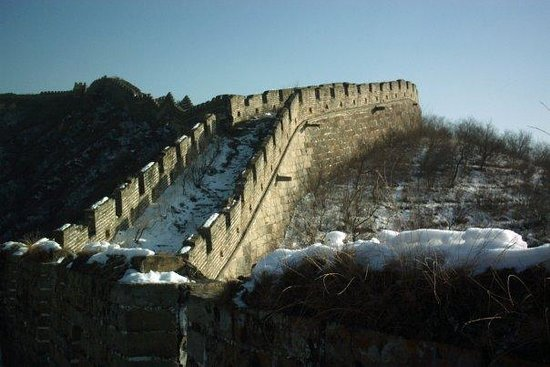 Jinshanling Great Wall : Snow covered wall