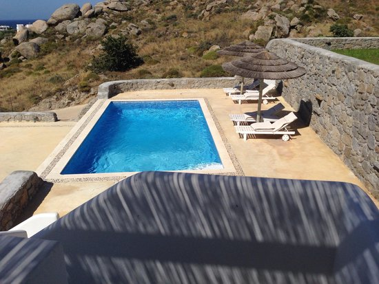 Naxian Collection: Suite 9 pool