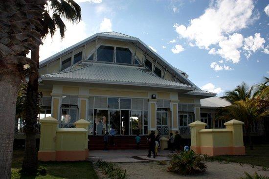 Blau Marina Varadero Resort: Lobby - Ocean side