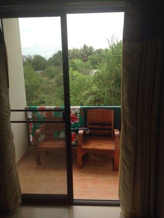 โรงแรมนราวรรณ: Balcony