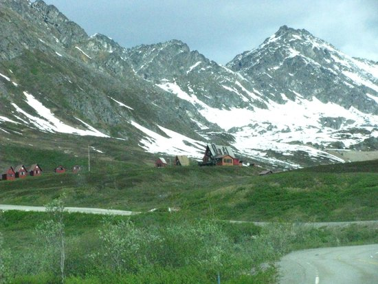 Hatcher Pass Lodge : The Lodge & Cabins