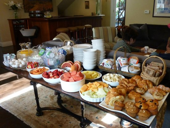 The Gables Inn Sausalito: Wholesome natural breakfast