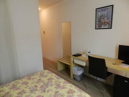 Hotel Les Oliviers : Room 203