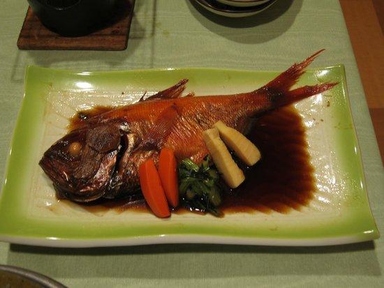 Dogashima Onsen Hotel: 堂ヶ島温泉ホテルの夕食、すごくおいしかった金目鯛の煮付け