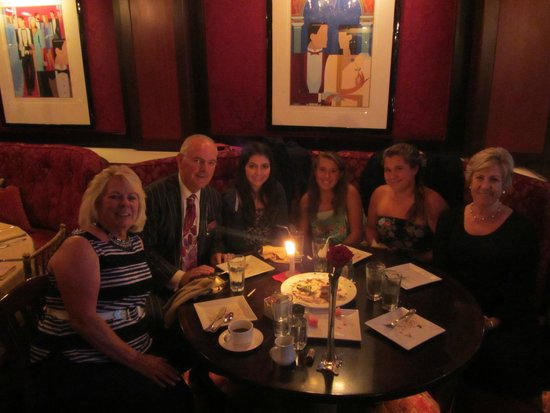 Club A Steakhouse : Our group with Bruno, the owner.
