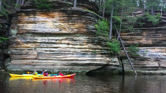 Vertical Illusions: Kayak Tour - in front of the dell rock formations