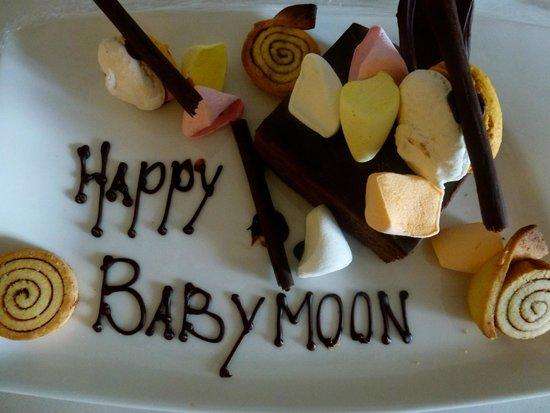 The Westin Langkawi Resort & Spa : Our babymoon cake.