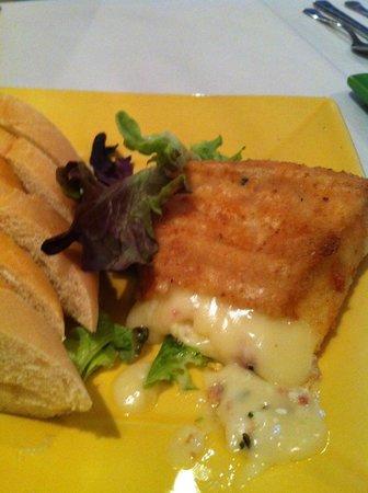 Spinach And Ricotta Cheese Ravioli In Pesto Cream Sauce