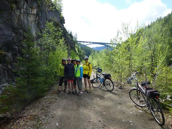 WildWays Adventure Sports & Tours: Pedalling the KVR, Bonanza to Christina Lake - May 2014