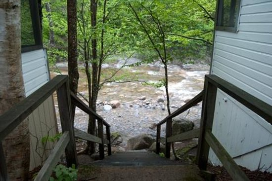 Pemi Cabins: Stairway to Pemi between Cabins 8 and 9
