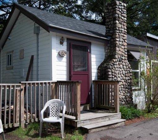 Pemi Cabins: Cabin Six