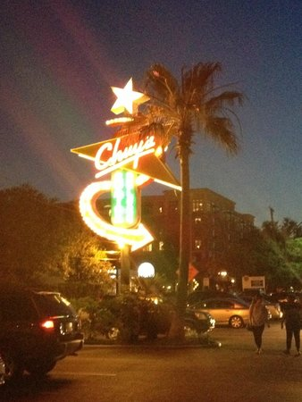 Chuy's Restaurant: Welcome!