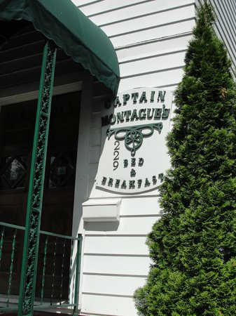 Captain Montague's Bed and Breakfast: You have arrived at your retreat when you see this sign!
