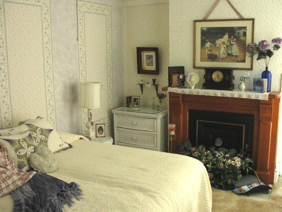 "Captain Montague's Bed and Breakfast: The ""Molly Room"" - one of several to choose from"