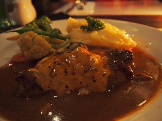 Mozzarella Restaurant and Bar: steak