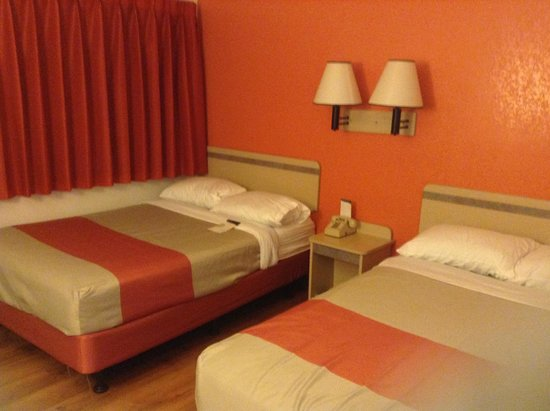 Motel 6 Weed - Mount Shasta: Beds