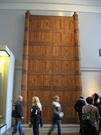 British Museum : Makes you wonder who or what was behind this huge door?