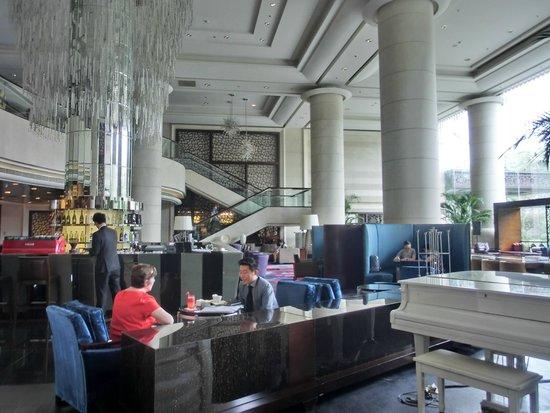 Beijing Marriott Hotel City Wall: Cafe on the lobby