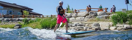 Ashley Inn : Just down the river from us you'll find Kelly's Whitewater Park...great fun to watch or jump in.