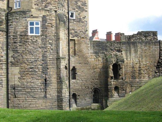 Grey Street: Castle view