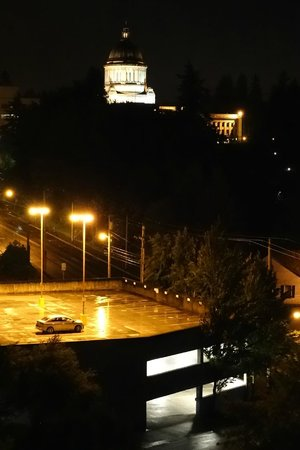 The Governor Hotel, a Coast Hotel: View from our window to Washington State Legislature building