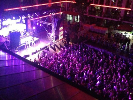 Ibiza Rocks Hotel : stage view rooms
