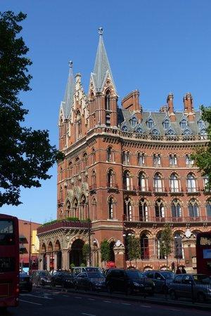St. Pancras International Station: St. Pancras Station on a sunny day
