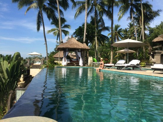 Viceroy Bali: pool from swim up bar