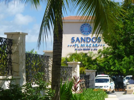Sandos Playacar Beach Resort : Name of the hotel