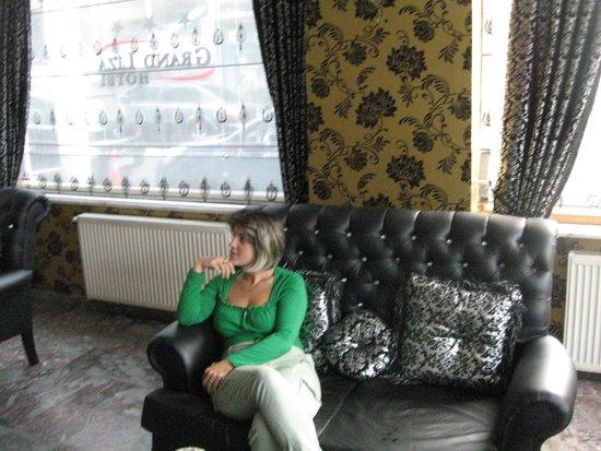 Grand Liza Hotel: 3