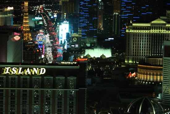 Trump International Hotel Las Vegas: Strip view from our room...