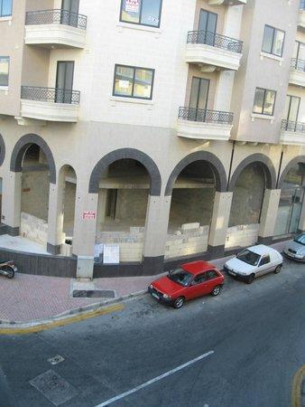 Relax Inn Hotel: 4