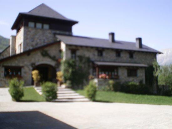 Hotel Selba d'Ansils: l'entrée de l'hotel