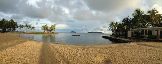 Shangri-La's Tanjung Aru Resort & Spa: ビーチサイド
